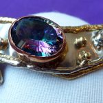 Mystic topaz bangle in tricolour metals